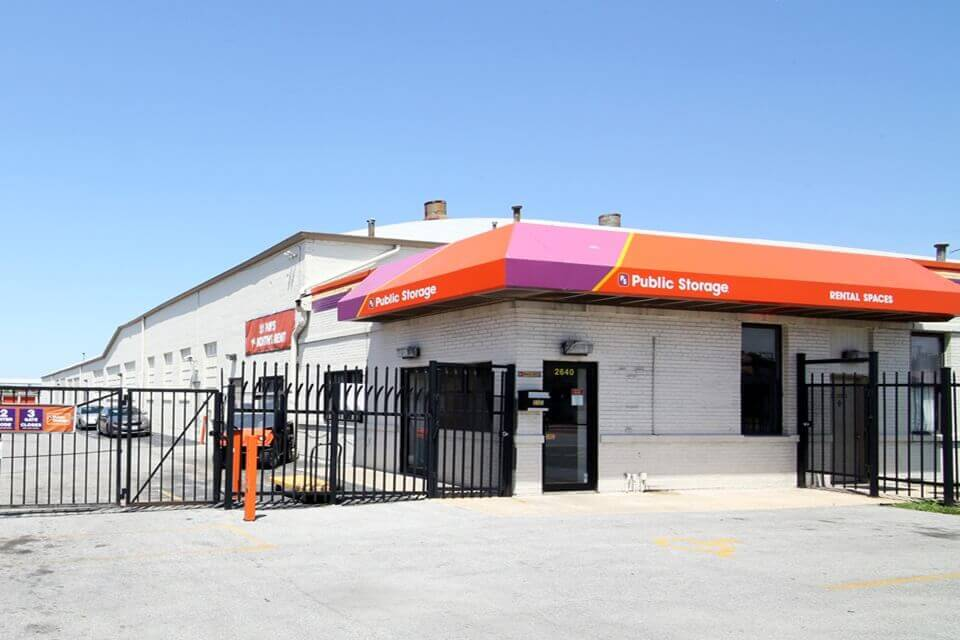 public storage 2640 w 79th street chicago il 60652 exterior