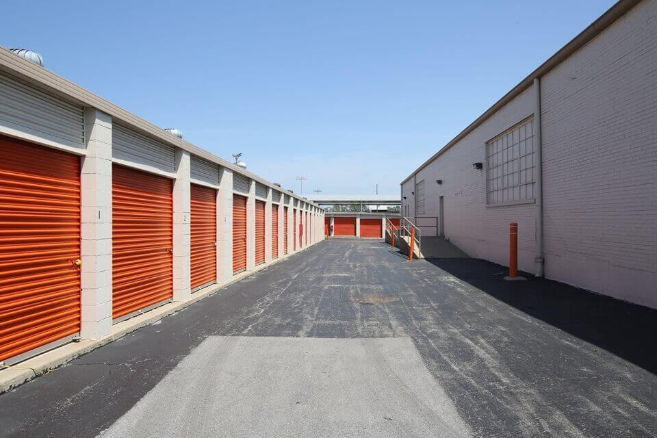 public storage 2640 w 79th street chicago il 60652 units