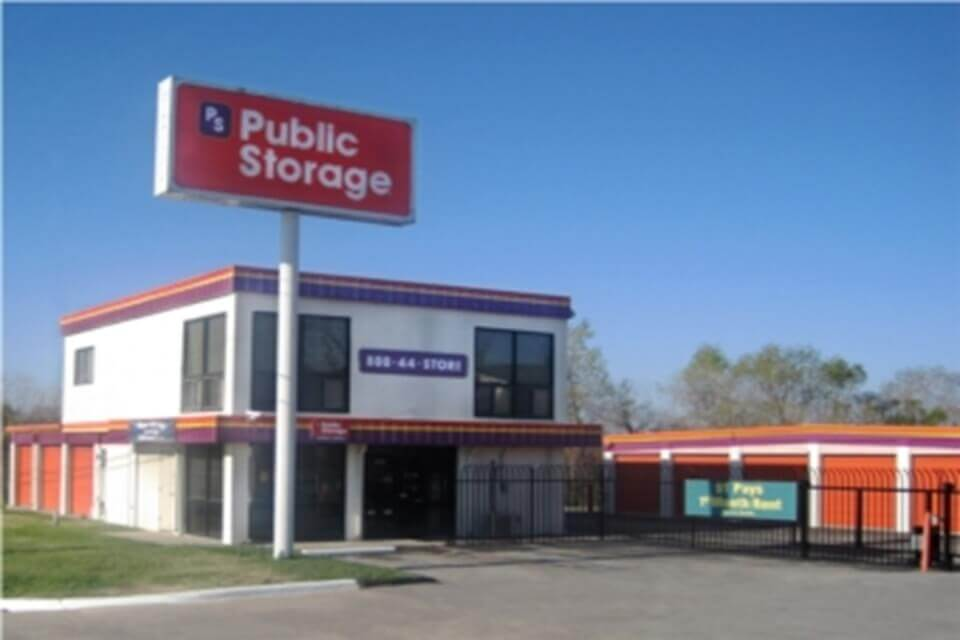 public storage 1539 old highway 94 south st charles mo 63303 exterior