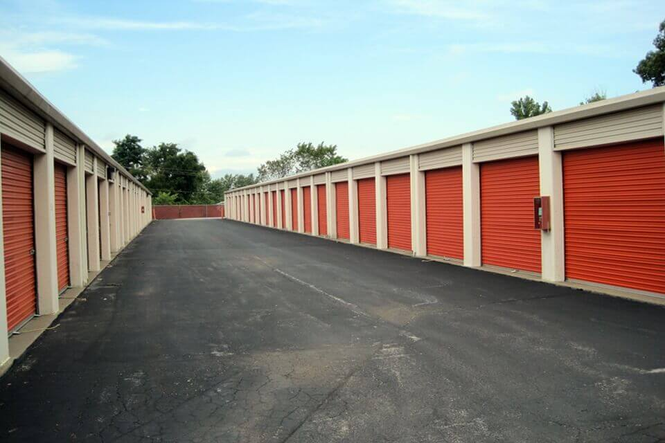 public storage 1539 old highway 94 south st charles mo 63303 units