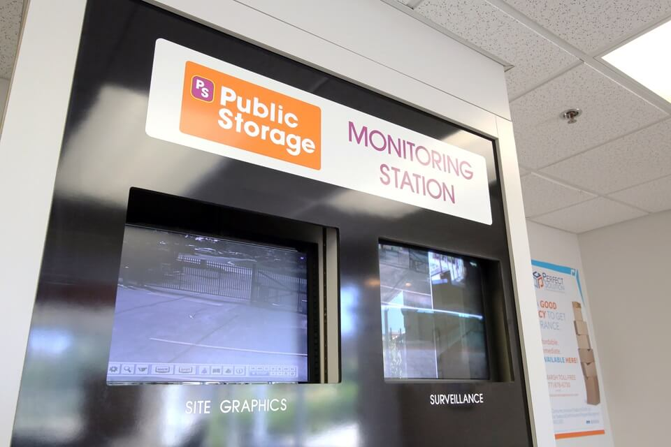 public storage 2399 s finley road lombard il 60148 security monitor