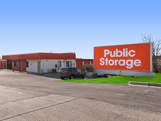 public storage 280 south main place carol stream il 60188 exterior