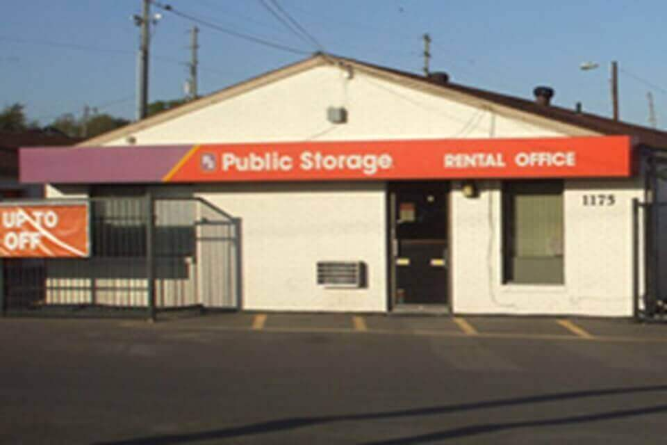 public storage 1175 s rock road wichita ks 67207 exterior