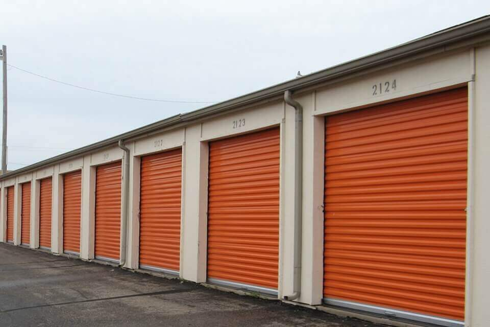 public storage 1175 s rock road wichita ks 67207 units