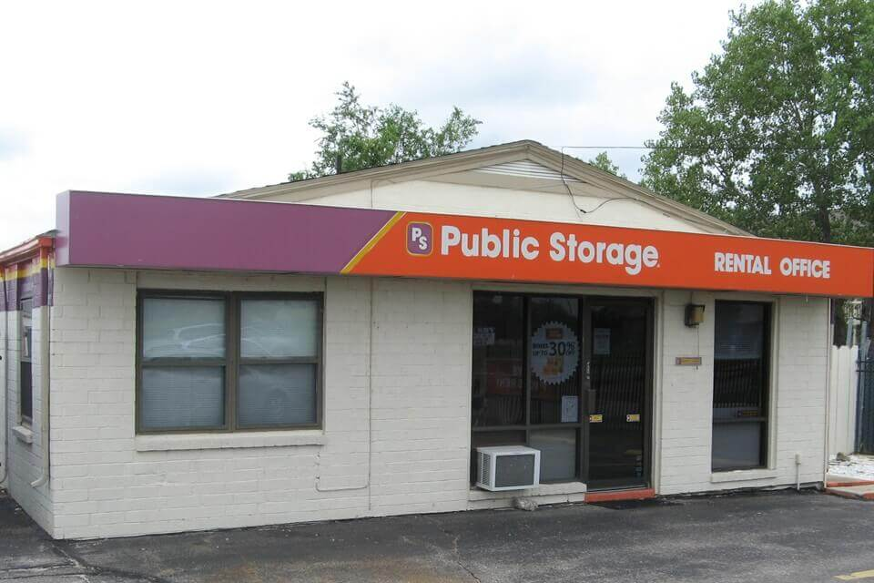 public storage 1930 s woodlawn street wichita ks 67218 exterior
