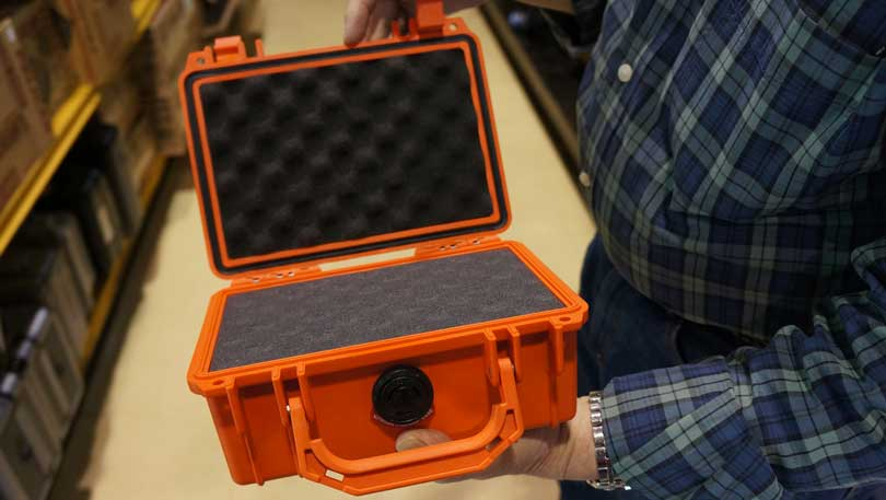 Camera storage case to help prevent moisture buildup