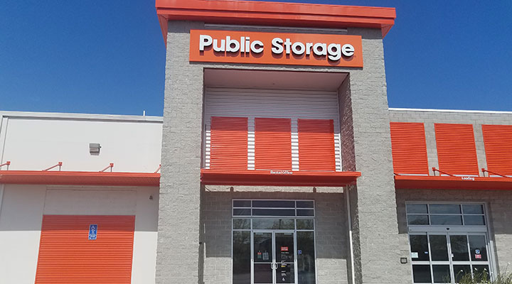 Front entrance of Public Storage facility.